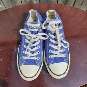 ❤SALE❤ Blue Converse Low-Tops